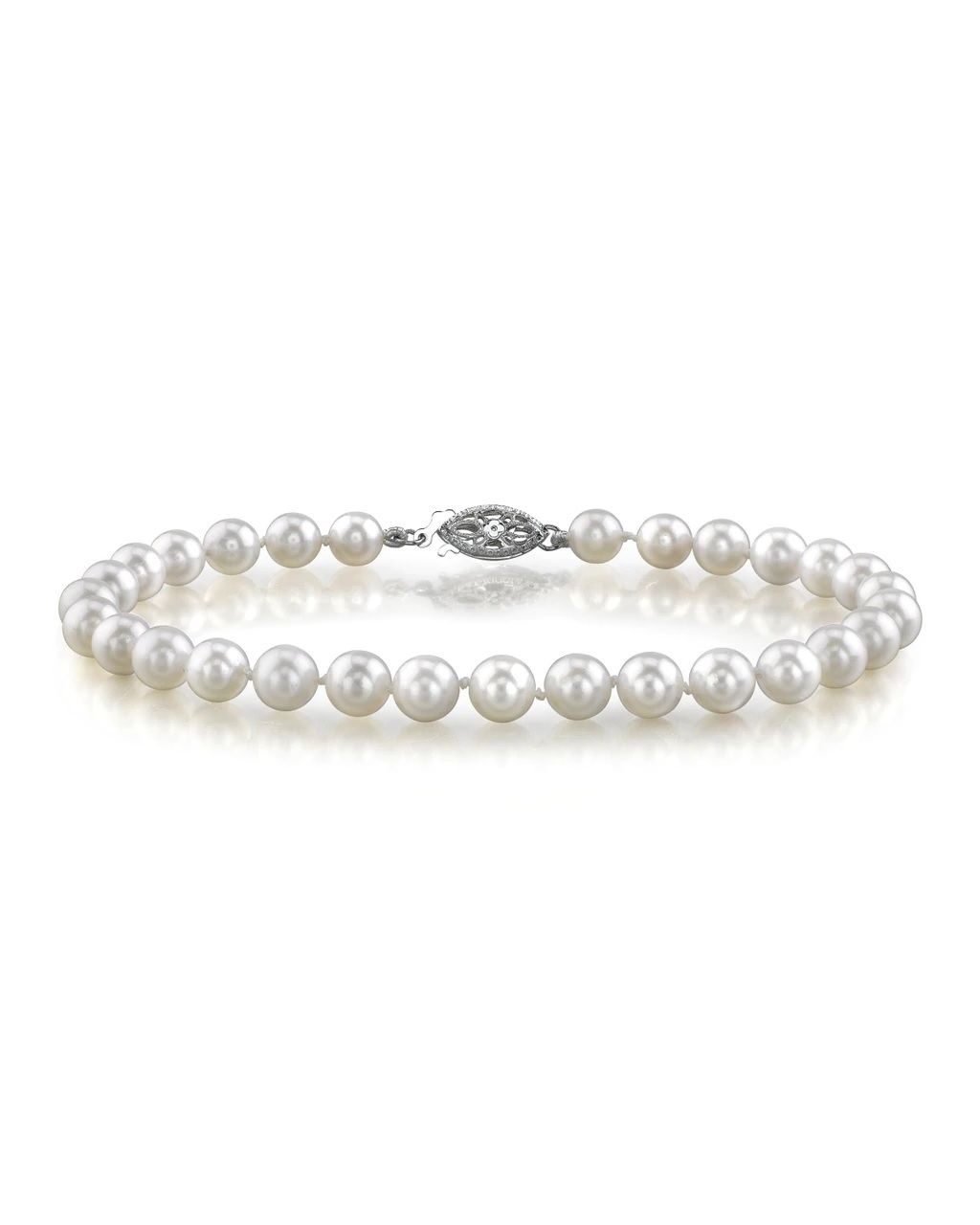 This elegant bracelet features 6.5-7.0mm Japanese Akoya pearls, handpicked for their luminous luster