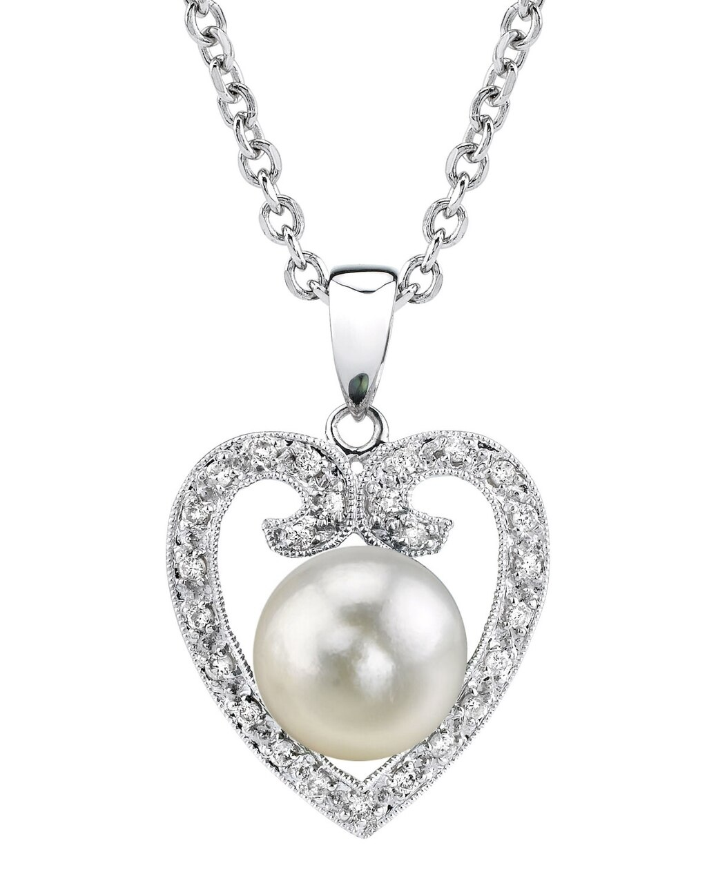 This classic pendant features an 9.0-9.5mm Japanese Akoya Pearl, handpicked for its luminous luster