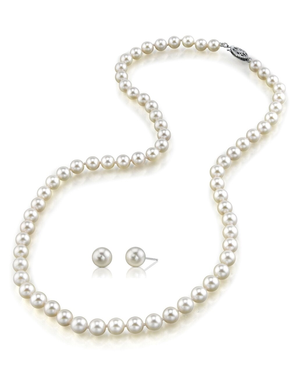 This classic necklace and earring set features 8.0-8.5mm Japanese Akoya pearls
