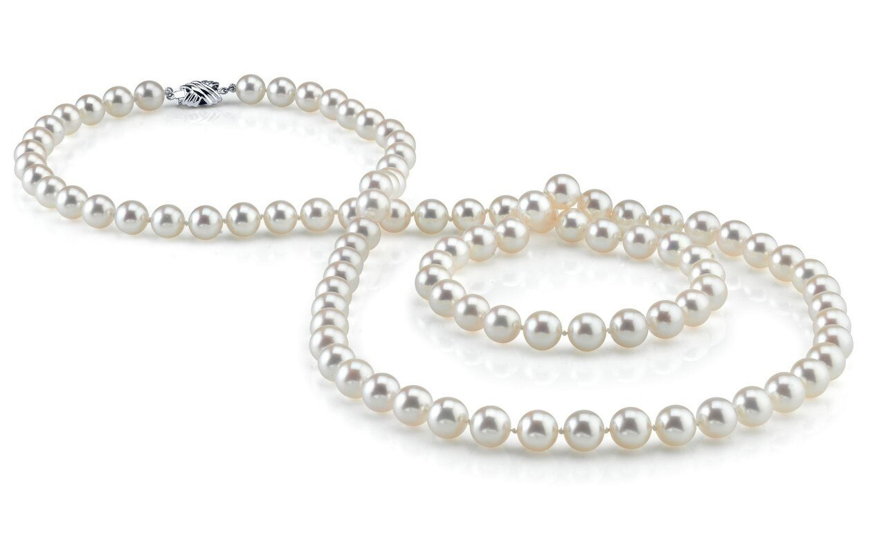 This gorgeous necklace features 7.0-8.0mm white Freshwater pearls, handpicked for their luminous luster