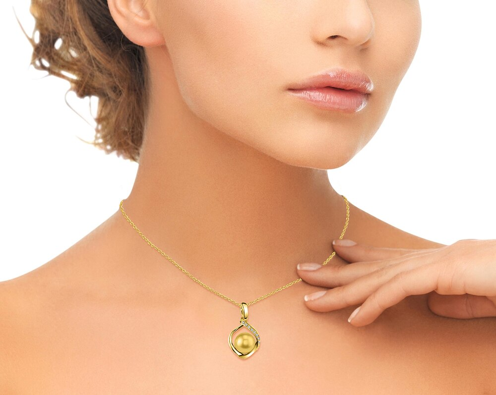 This exquisite pendant features an 11.0-12.0mm Gold South Sea Pearl, handpicked for its luminous luster