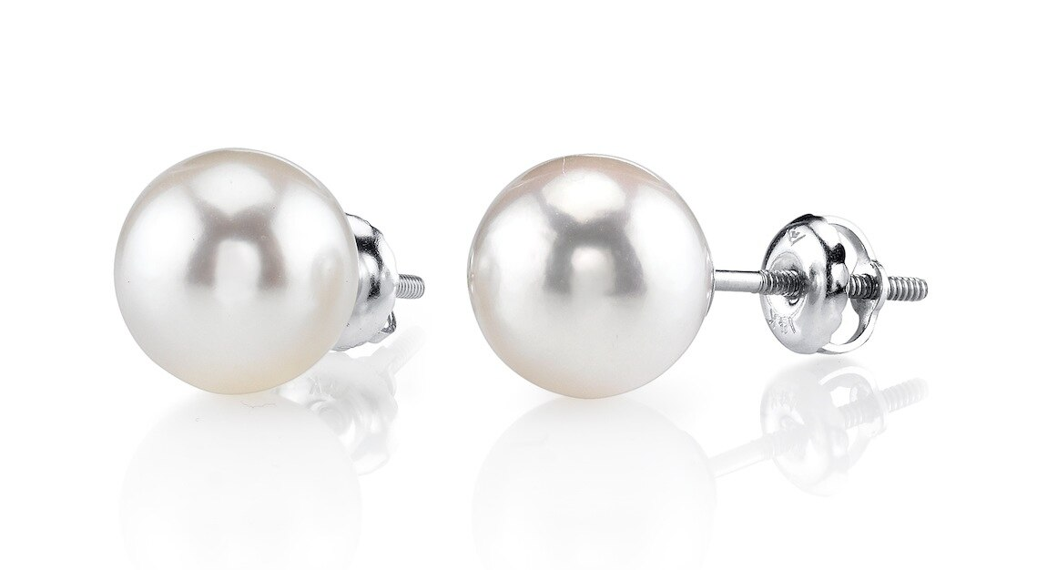 Classic gold stud earrings feature two 9.5-10mm Hanadama Akoya pearls, selected for their luminous luster