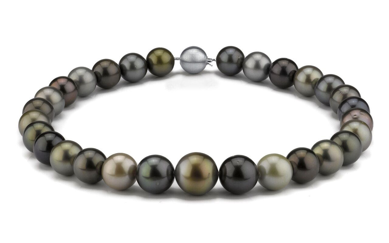 This elegant necklace features 13.0-16.0mm Tahitian South Sea pearls, handpicked for their luminous luster