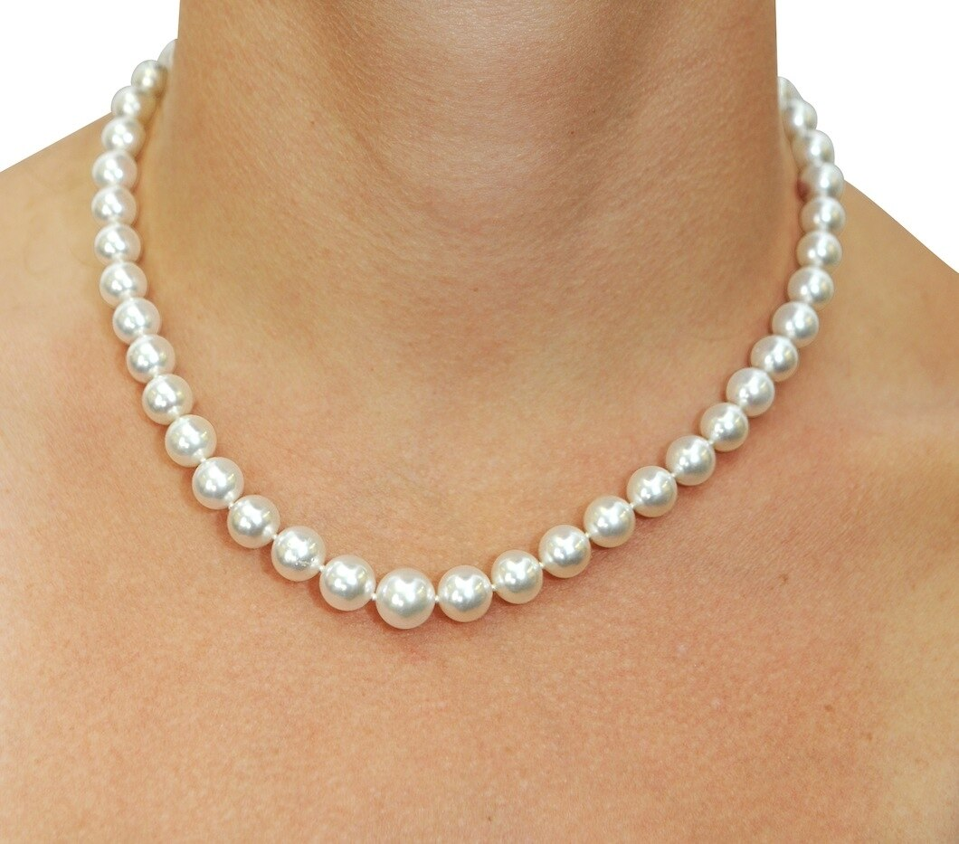 This elegant necklace features 8.0-10.0mm White South Sea pearls, handpicked for their luminous luster