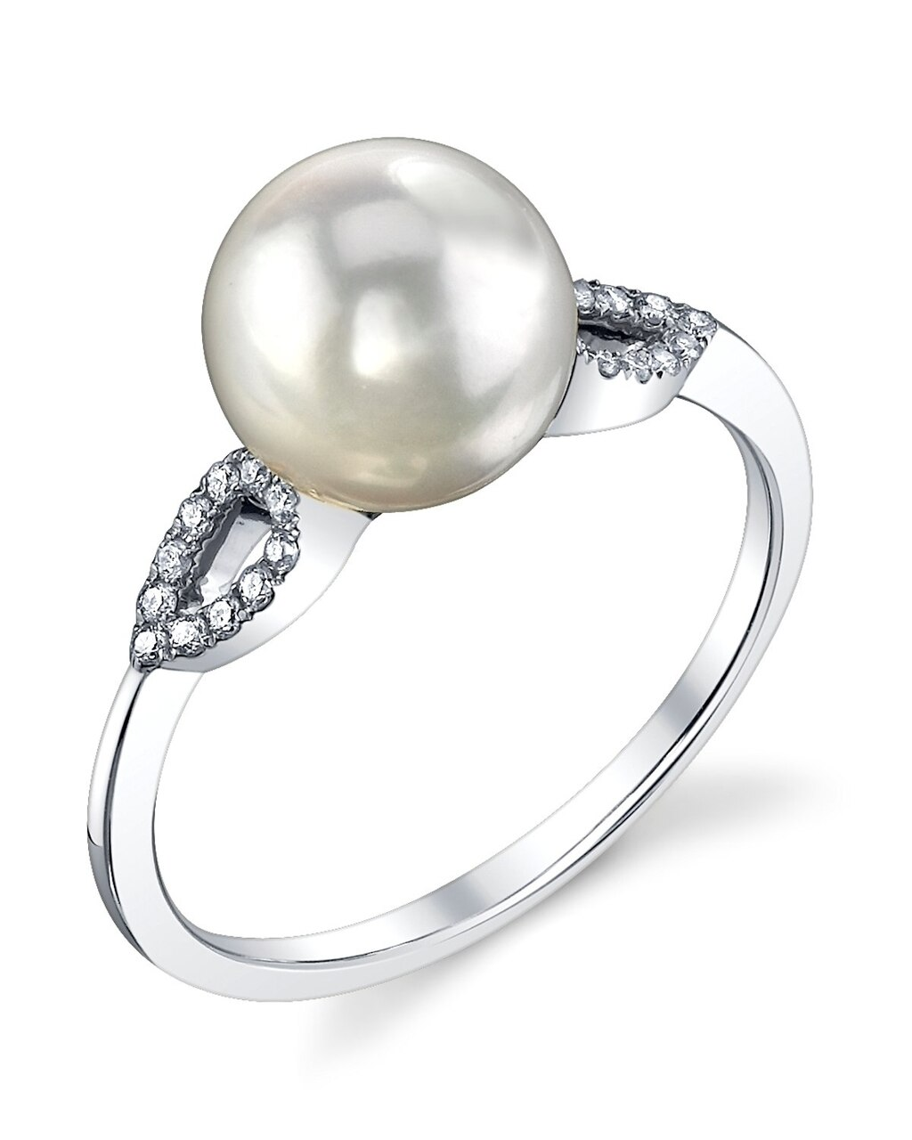 This exquisite ring features an 8.0-9.0mm White South Sea pearl, handpicked for its luminous luster