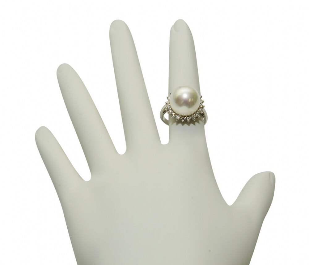 This exquisite ring features an 12.0-13.0mm White South Sea pearl, handpicked for its luminous luster