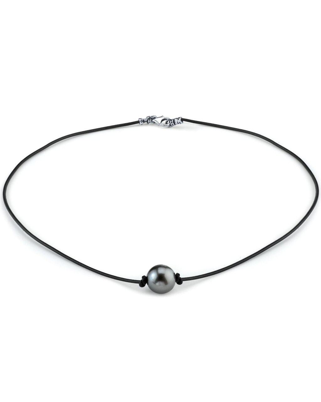 This beautiful necklace features a round shaped Tahitian South Sea pearl
