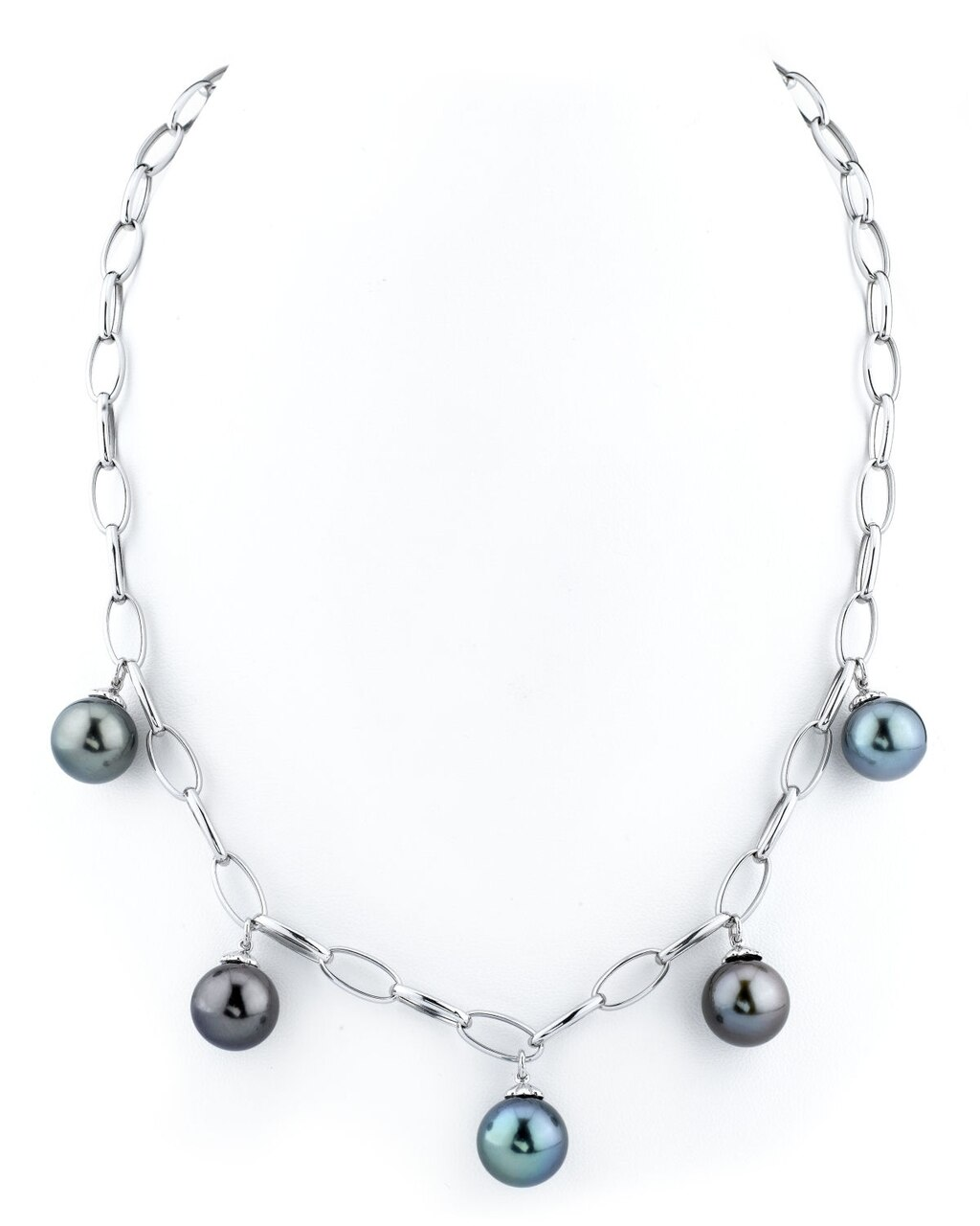 This exquisite necklace features 10.0-11.0mm Tahitian South Sea pearls, handpicked for their radiant luster